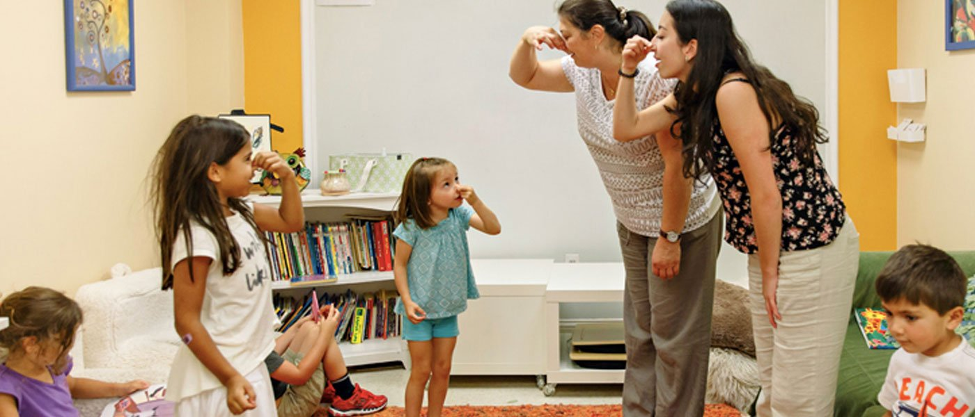 Spanish tutors for kids - Cerebritos Spanish immersion program photo